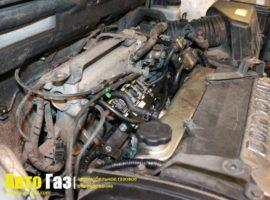 Газ на Hyundai Santa-Fe Classic.